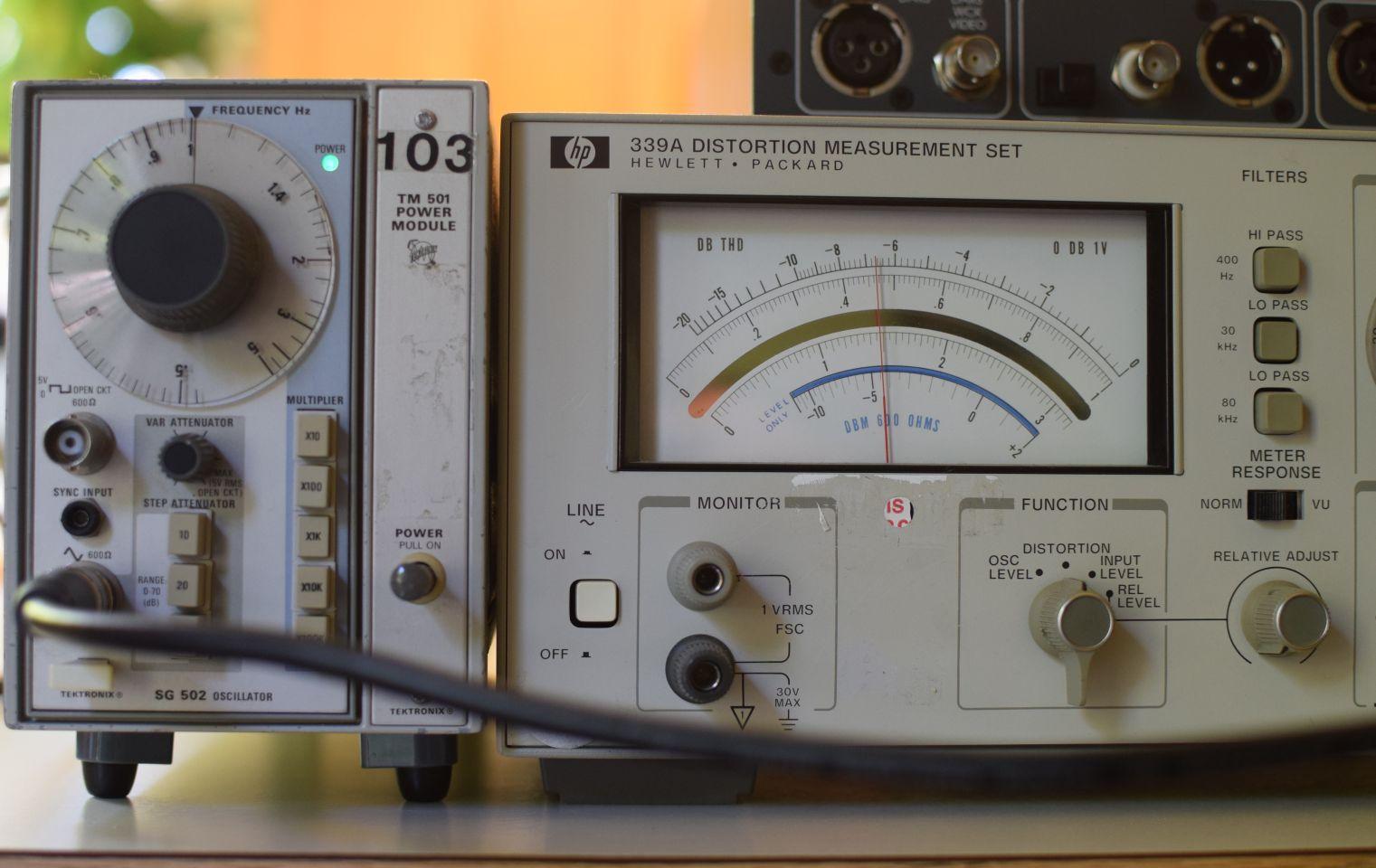 20170529 SG502 HP339A 1KHz 0dBV THD.jpg